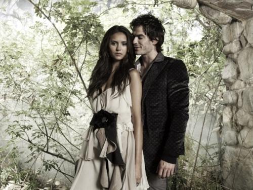 tvd-the-vampire-diaries-17391445-500-375
