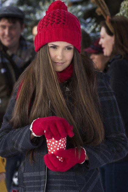 Awwww, Elena e atât de drăguță, nu-i așa?