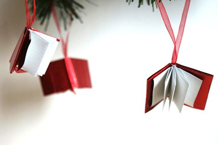 Etsy-picks-Christmas-decor-Origami-miniture-book-ornaments-Signoraluna